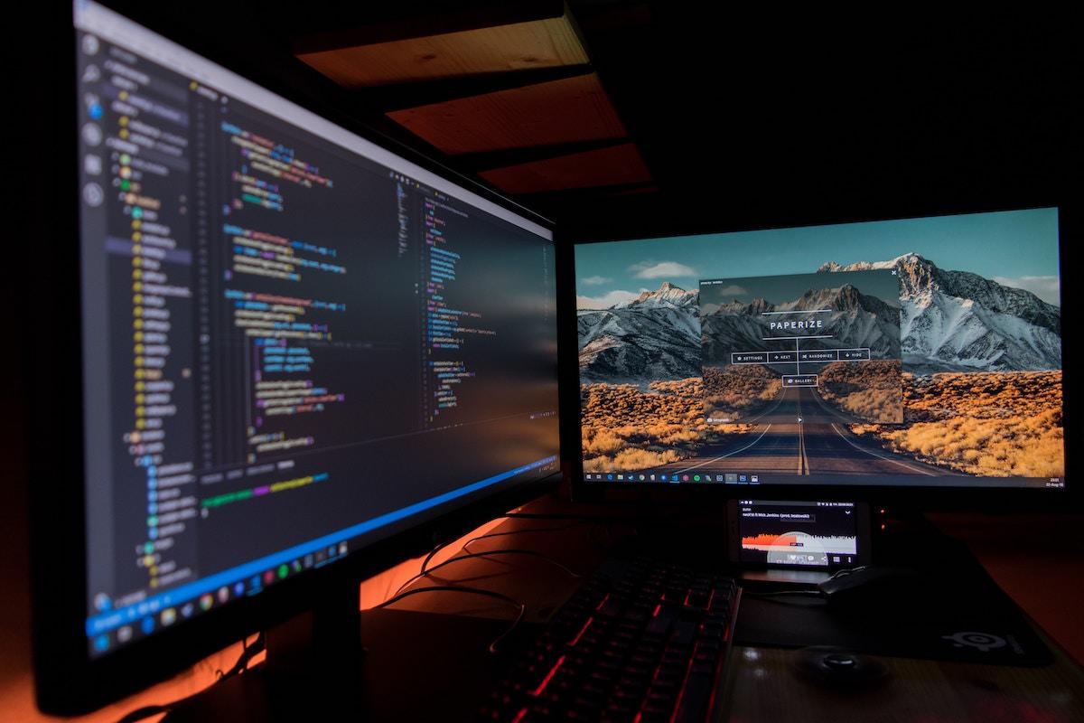 Visual Studio Codeでエディター画面を分割する方法【ショートカットキーあり】